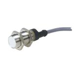 Induktiv giver. M18 utførelse. PNP utgang. NO. 5mm føleavstand. Rustfritt stål. 2m kabel.