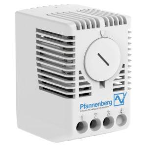 Termostat med justebart temperaturområde 0-60°C  og vekselkontakt. IP20. DIN-skinne montering. Stego.