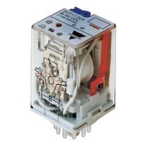8-pins hjelperele med 2 vekselkontakter. Spolespenning 24VAC. Marinegodkjent (RINA).