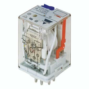 8-pins hjelperele med 2 vekselkontakter. Spolespenning 24VDC. Marinegodkjent (RINA).
